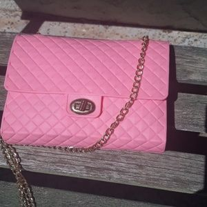 Barbie girl pink rubber purse with gold chain stra